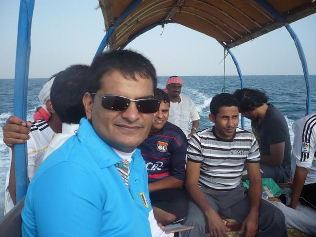رحلة بحرية لأعضاء المنتدى(صور) 4wC75902.jpg