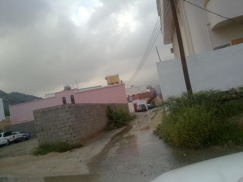 أمطار الفائجة الخميس 1432/2/9هـ A5H35229.jpg