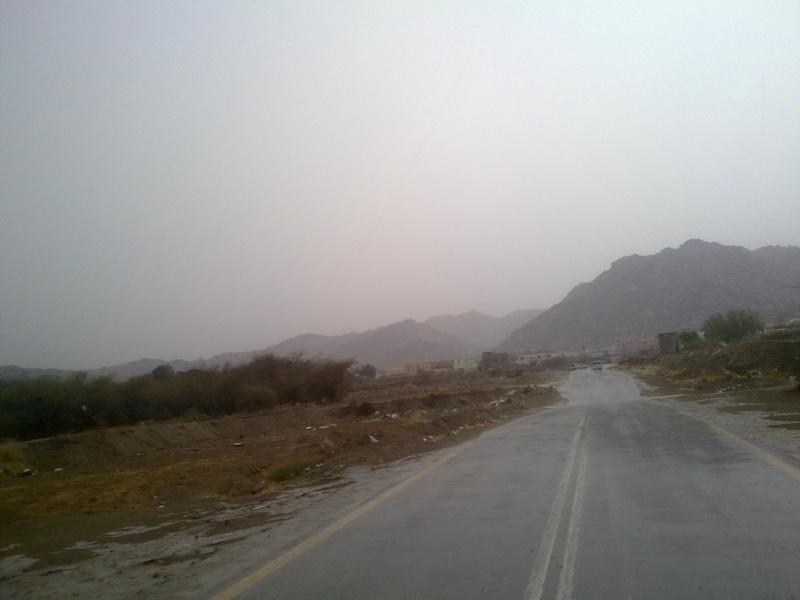 أمطار بحير الأثنين 1432/6/20هـ B9i79976.jpg