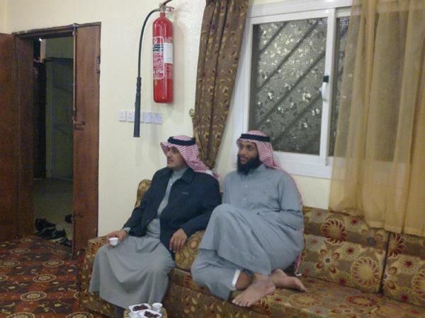 (حصرياً) اجتماع فخذالحمدي بحير بخميس HJy49865.jpg