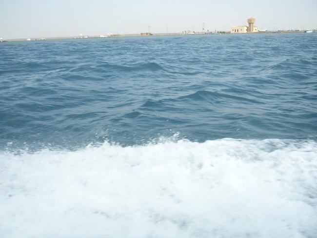 رحلة بحرية لأعضاء المنتدى(صور) J3z75795.jpg