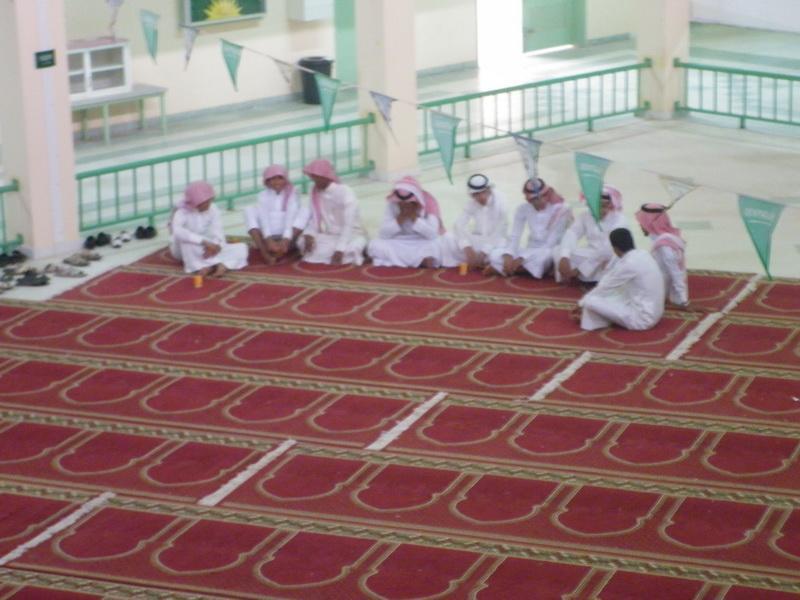 ملتقى التوعية الاسلامية بمدرسة الفائجة RmC72753.jpg