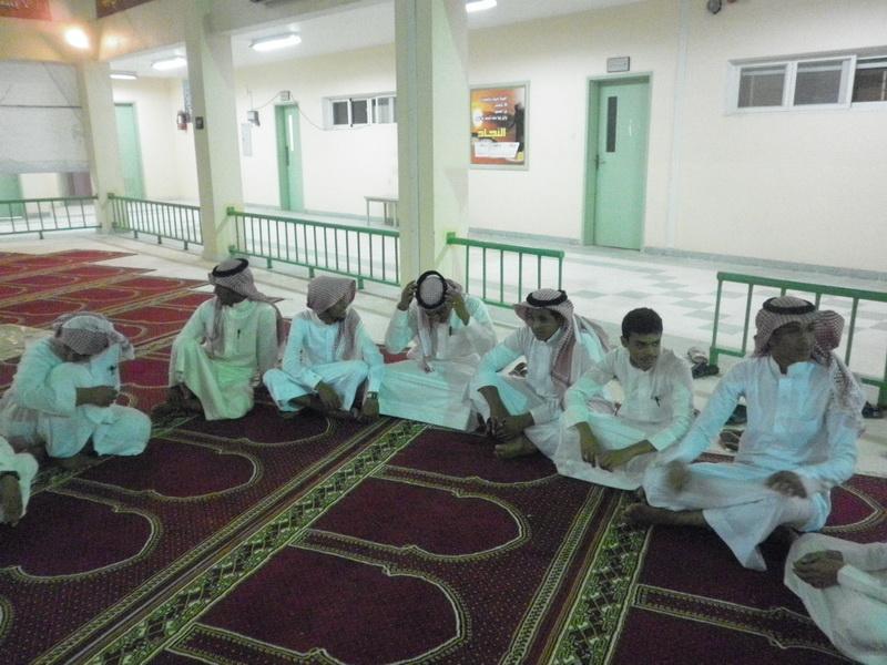 ملتقى التوعية الاسلامية بمدرسة الفائجة TCO87763.jpg