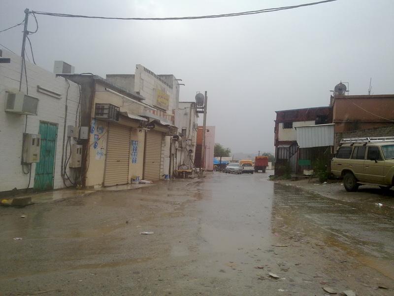 أمطار الفائجة الثلاثاء 1432/2/14هـ UhQ67699.jpg