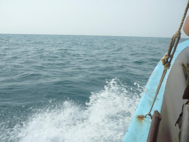 رحلة بحرية لأعضاء المنتدى(صور) Xe375850.jpg