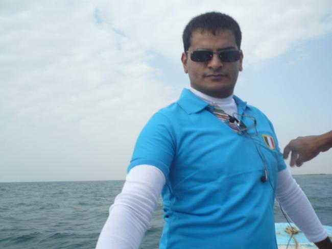 رحلة بحرية لأعضاء المنتدى(صور) YCq75850.jpg