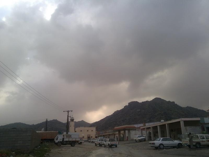 أمطار الفائجة الخميس 1432/2/9هـ a5W35229.jpg