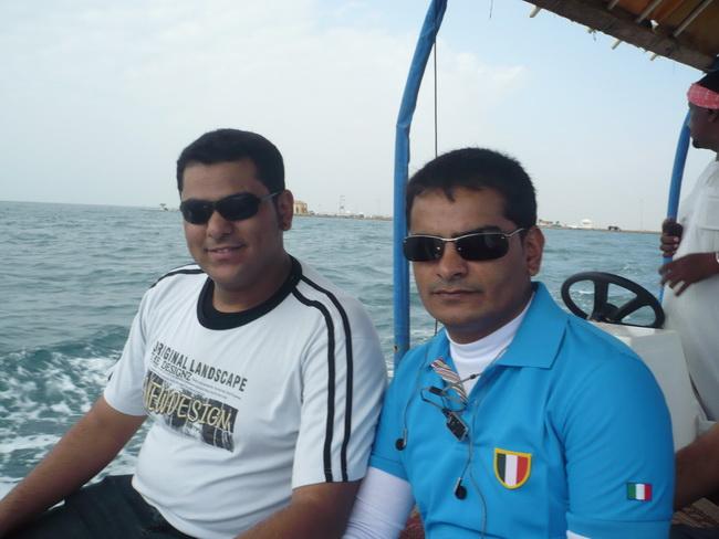 رحلة بحرية لأعضاء المنتدى(صور) bzX75795.jpg