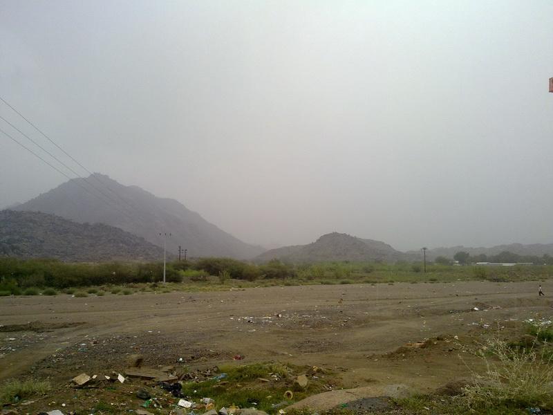 أمطار الفائجة الأحد 1432/2/5هـ fbc88386.jpg