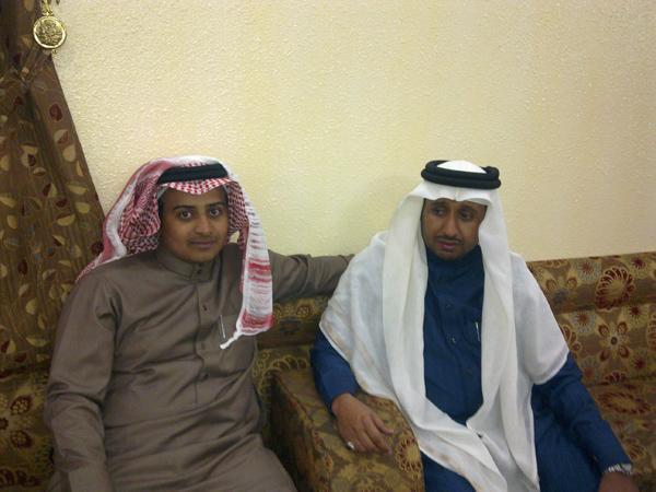 (حصرياً) اجتماع فخذالحمدي بحير بخميس gnE49436.jpg
