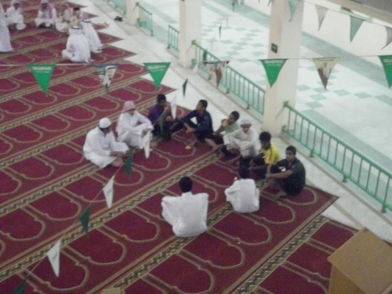 ملتقى التوعية الاسلامية بمدرسة الفائجة joO72753.jpg
