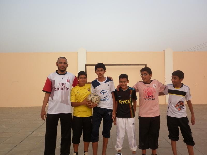 ملتقى التوعية الاسلامية بمدرسة الفائجة kKV73264.jpg