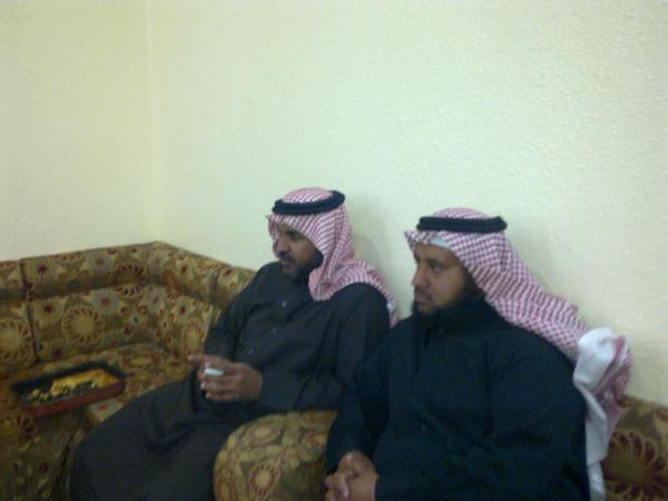 (حصرياً) اجتماع فخذالحمدي بحير بخميس khO49866.jpg
