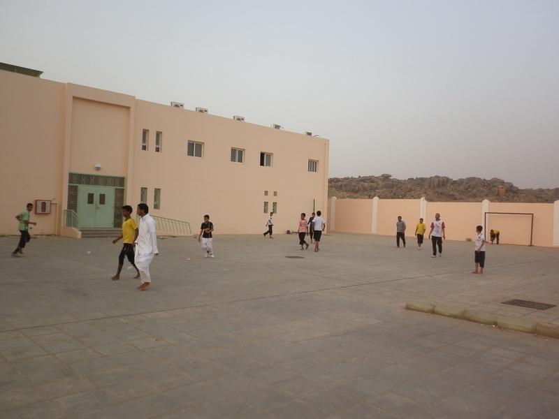ملتقى التوعية الاسلامية بمدرسة الفائجة px573401.jpg