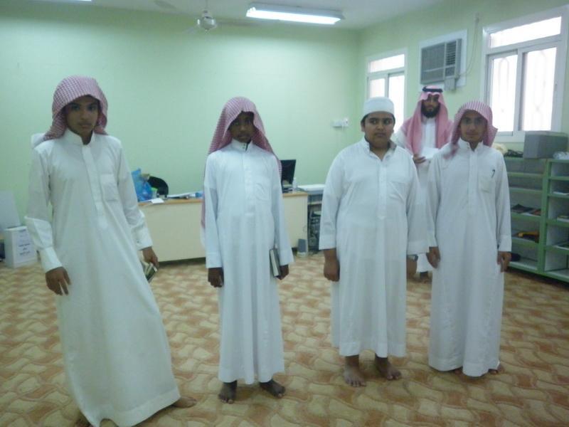 ملتقى التوعية الاسلامية بمدرسة الفائجة uvL72836.jpg