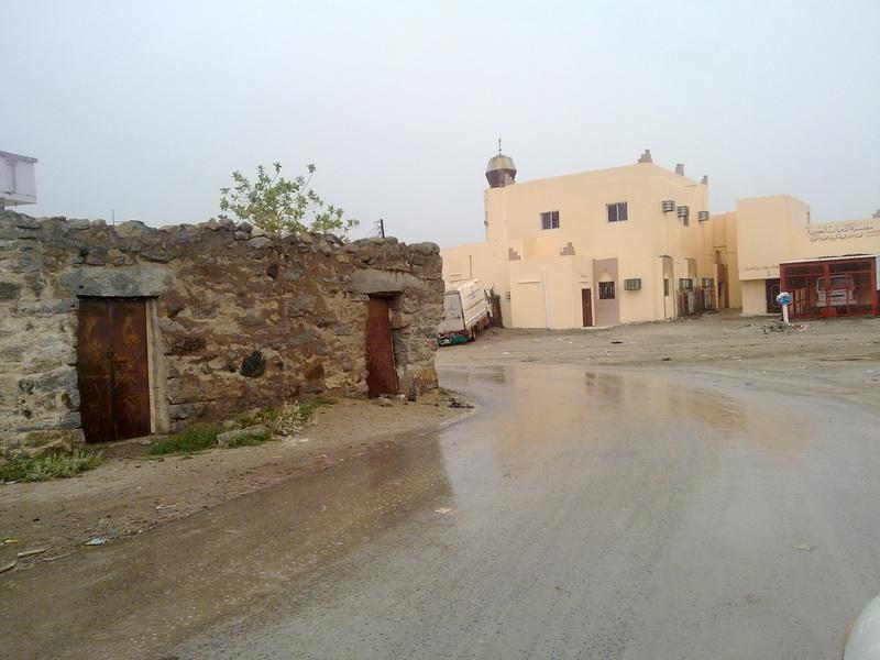 أمطار الفائجة الأحد 1432/2/5هـ ztY88387.jpg